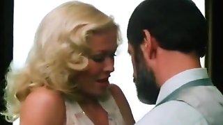 Honey Gets Fucked In Sofa - Dreamland Flick