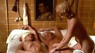 Circumcised Scene Retro Old-school Antique Pornography Film - Je Suis A Prendre (1978)