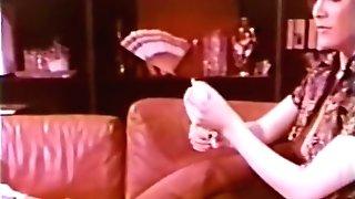 G/g Peepshow Loops 659 70s And 80s - Scene 1