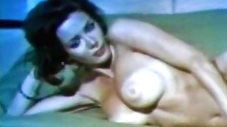 Huge-boobed antique beauty with amazing tits