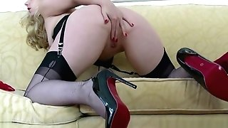 Blonde Taunt In Antique Underwear High-heeled Slippers Nylons Underpants Wank