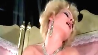 Amazing Retro Adult Clip From The Golden Century