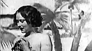 Beautiful Gal gets Fucked at the Beach (1930s Antique)
